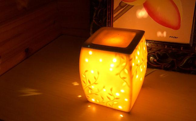 部屋を彩るランプ